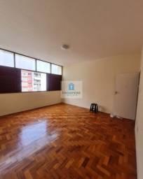 Título do anúncio: Apartamento nascente, dois quartos, área de serviço com dependência completa, Graça
