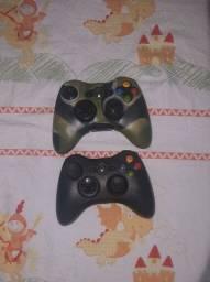 Xbox 360 com kinect e 2 jogos e 2 controles.