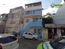 Título do anúncio: Apartamento com 3 dormitórios para alugar, 72 m² por R$ 1.300/mês - Itapuã - Salvador/BA