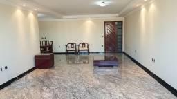 Excelente Apartamento 4 suítes em Capim Macio