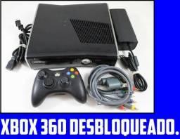 Xbox 360 Desbloqueado com 4Gb + 1 Controle + jogos Bem Mais Baratos