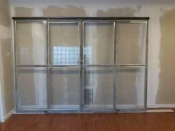 Porta metal e vidro - 2 folhas