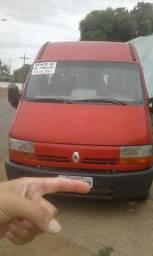 Vende-se por R$ 45.000,00 ou troca-se essa Van - 2006