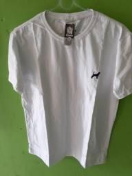 Promoção de camisas 5 blusas por 90.reais