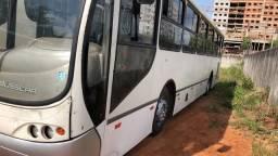 Vendo um Ônibus Mercedes - 2000