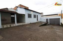 Casa Residencial para aluguel, 3 quartos, 1 vaga, Catalão - Divinópolis/MG