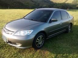 Honda Civic cinza automático 1.7