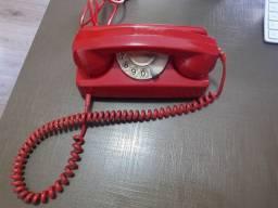 Telefone vintage década de 80.