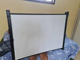 Tela de projetor 080 X 140cm com CASE