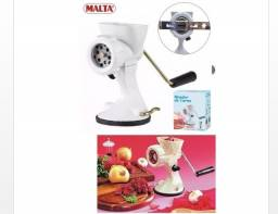 Kit Moedor De Carne E 4 Modeladores Biscoito Manual - Malta