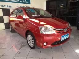 Toyota Etios Sedan 1.5 XLS Completo