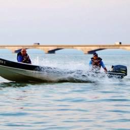 Barco e jetski novo ou usado