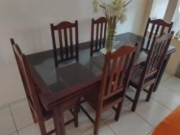 Mesa e cadeiras de Pau d'arco