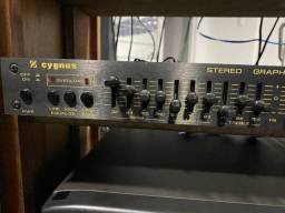 Equalizador Cygnus ge 400 das antigas tudo funcionando perfeitamente