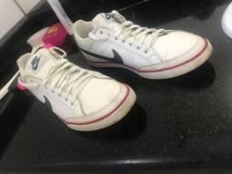 Tênis da Nike original usado (Tam: 40)