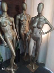 Vendo três manequins de fibra de vidro