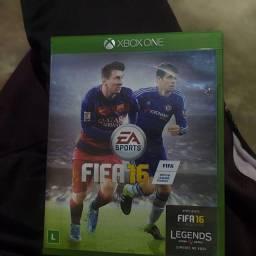Vendo jogo Xbox em perfeito estado de futebol