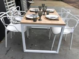 Título do anúncio: mesa industrial com cadeira alegra