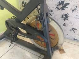 Bicicleta ergométrica para exercício