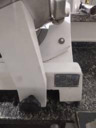 Título do anúncio: Fatiador elétrico R$1500,00