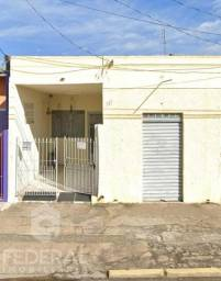Imóvel Comercial à Venda - Pq. Santo Antônio/Taubaté - 250m²