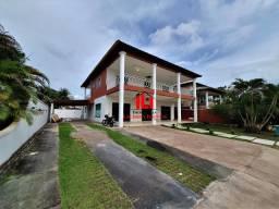Aluguel Casa Duplex com 4 suítes sendo 1 com hidro/ Vaga Para uns 6 Carros.