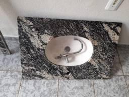 Vendo um lavatório de mármore em  perfeitas condições sem nenhum arranhão