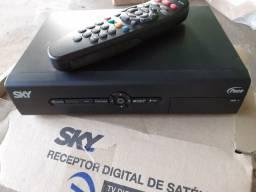 RECEPTOR DE SKY E ROUTER ADSL...PARA RETIRAR PEÇAS