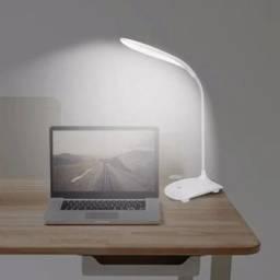 Luminária LED de Mesa sem fio