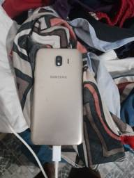 Um celular j4 nomal