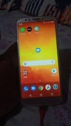 Motorola E5 32gb semi novo mesmo apenas esse trinco em cima aceito cartão