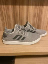 Título do anúncio: Tenis Adidas tamanho 41