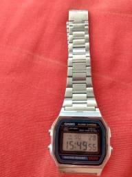 Vendo relógio Cássio A-158w vintage Feminino