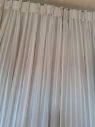 Cortina voal branca com listas 1,70x1,70
