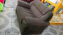 Uma peça de sofá usado