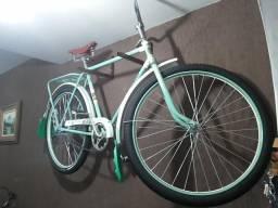 Bicicleta antiga anos 60, para uso, decoração vitrines comerciais e eventos - Passo cartão
