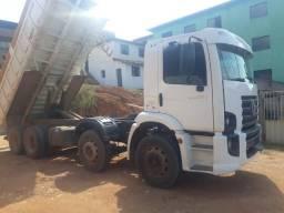 Caminhão caçamba - 2008