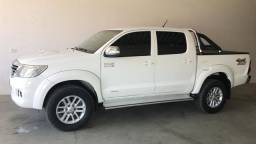 Hilux 2014/14 Extra - 2014