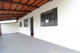 Casa Residencial para aluguel, 3 quartos, 1 vaga, Jusa Fonseca - Divinópolis/MG