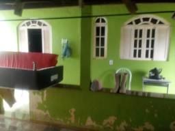 Vendo está casa no interior do município de Atílio Vivacqua/ES