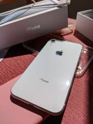 IPhone XR branco 64gb impecável completo + nota fiscal