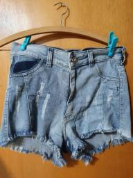 shorts jeans com bolsos falsos