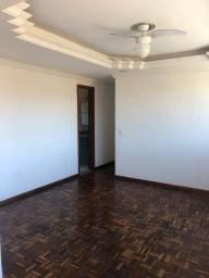Aluga-se apartamento 3 Q com suíte