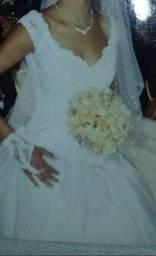 Vende vestido de noiva