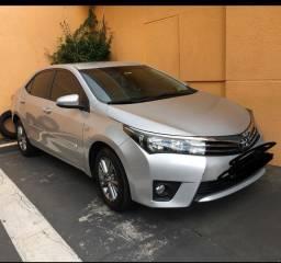 Toyota Corolla prata