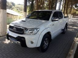 Toyota hilux SRV 3.0 D4D