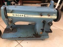 Máquina de costura antiga - Singer Multi-Versatil 20u