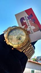 Título do anúncio: Relógio atlantis skydiver visor dourado
