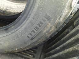 4 Pneus número 17 Pirelli