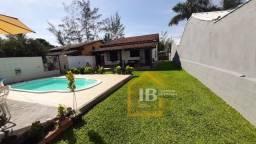 Casa com 3 quartos e 1 suíte, Piscina condomínio lado praia Unamar - Tamoios - Cabo Frio